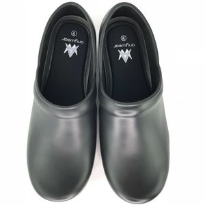 04928a9b17ecc9 Anywhere Guardian Angel Nurses Black Clogs Shoes 9